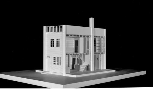 Black and white photo: Model of a residential house, designed by Adolf Loos