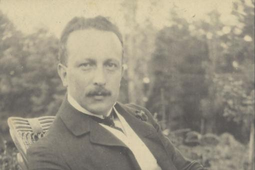 Portrait photo of Felix Salten, 1904
